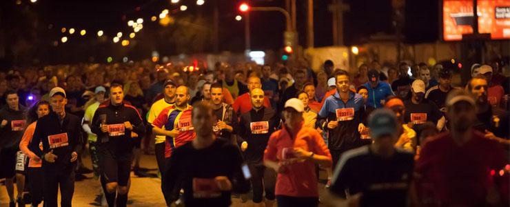 Pestrá trať, skvelá atmosféra, svetelná šou. Rekordný Night Run si užívalo vyše 3500 bežcov