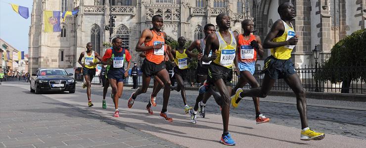 Medzinárodný maratón mieru: Obrazom