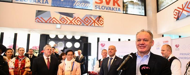 ZOH 2018: Prezident Kiska otvoril Slovenský dom, želá si minimálne dve medaily