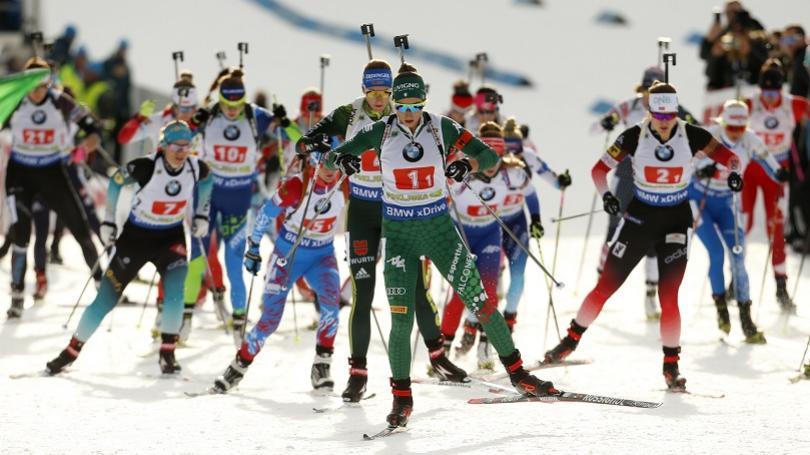 Francúzi víťazmi v štafetách štvorčlenných miešaných družstiev v Pokljuke, Slováci na 13. mieste