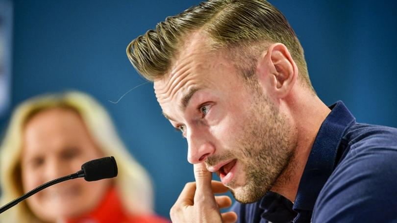 Legedárny Petter Northug ukončil kariéru, vyhŕkli mu aj slzy