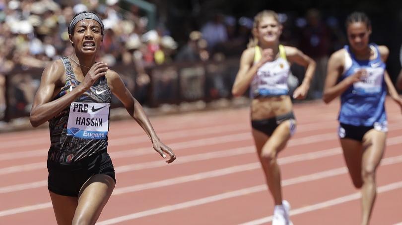 VIDEO: V Stanforde Hassanovej európsky rekord na 3000 m 8:18,49, Coleman zdolal Gatlina