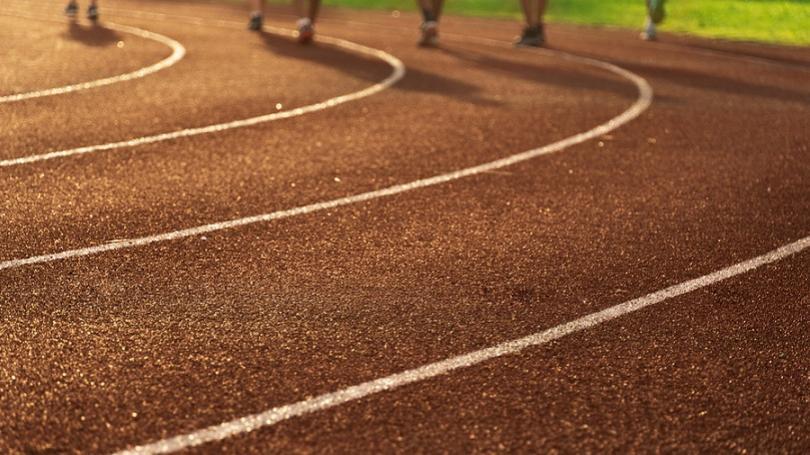 LUČENEC: Mesto chce zrekonštruovať atletickú dráhu na základnej škole