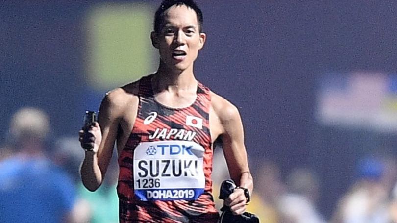 Tóth ani Czaková nedokončili extrémnu päťdesiatku, tituly Suzukimu a Žuej Liang