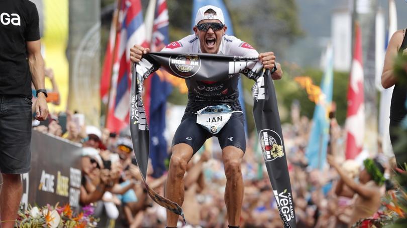 Frodeno po tretí raz ovládol Ironmana na Havaji, tentoraz v traťovom rekorde 7:51:13 h