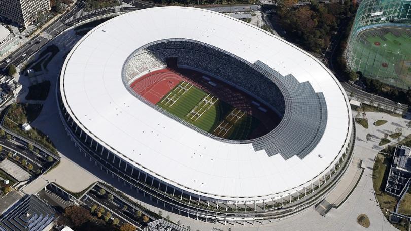 FOTO: V Tokiu dokončili hlavný štadión pre OH 2020, okrem ceremoniálov má slúžiť aj pre súťaže v atletike