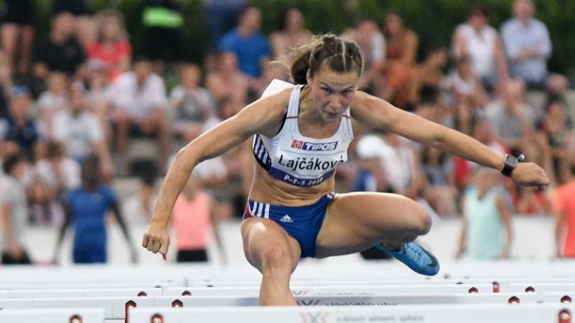 Škvarkovej ušiel rekord SR na 100 m prekážok len o stotinku