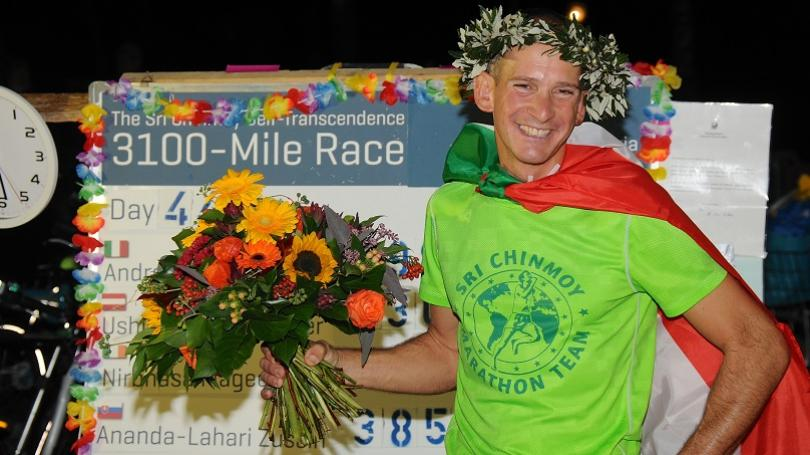 Bežal takmer 44 dní. Talian Marcato vyhral beh na 3100 míľ