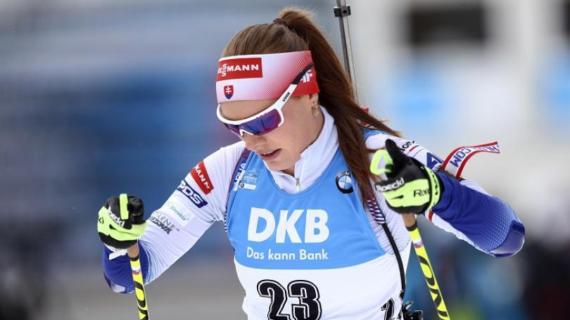 Víťazkou stíhacích pretekov žien v Östersunde sa stala Nórka Roiselandová, Ivona Fialková siedma