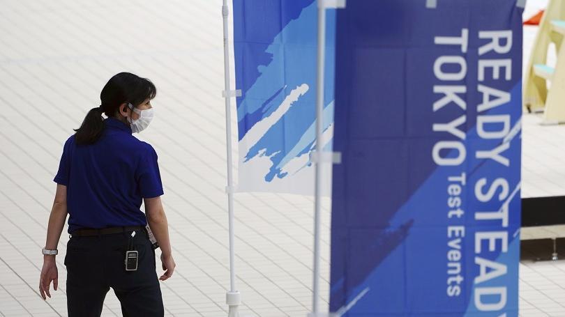 Športovci po príchode do Japonska nepôjdu do karantény, ale musia rátať s častým testovaním