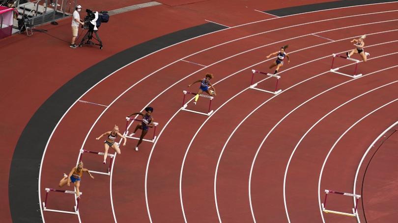 Zapletalová sa na 400 m prek. prebojovala do semifinále, v rozbehoch dosiahla dvanásty najlepší čas
