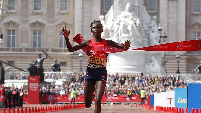 Maratónska rekordérka Keitanyová ukončila kariéru, skúsenú Keňanku trápi chrbát